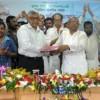 নবনির্বাচিত কেসিসি মেয়র মনিরুজ্জামান মনি বুধবার নগর ভবনে নিজ দায়িত্বভার গ্রহণ করেছেন