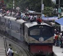 কমলাপুর রেলওয়ে স্টেশনের বুকিং ক্লার্ককে হত্যা করে ১৫ লাখ লুট